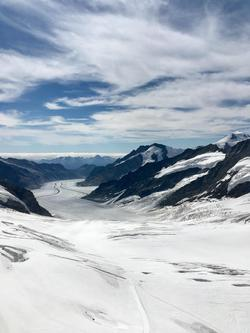 a-132.氷河に広がる空間と歴史.jpeg