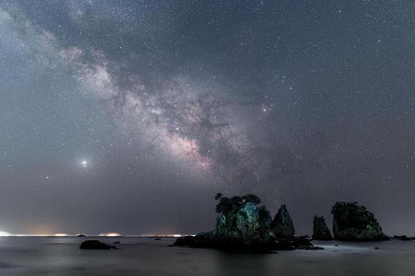 5.奇岩の夜明け.jpg